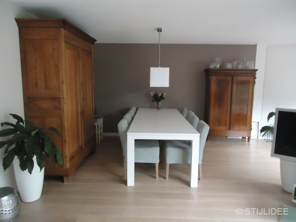 Grijs woonkamer taupe