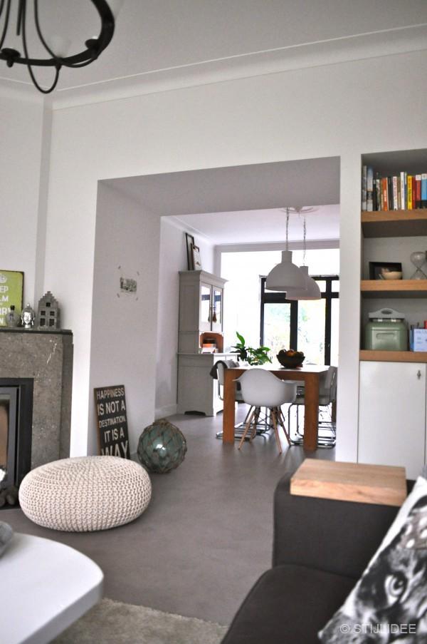 Binnenkijken in een jaren 30 huis in vintage stijl in for Jaren 30 stijl interieur