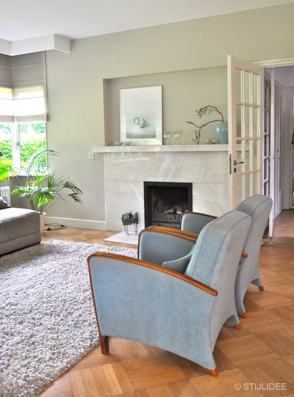 Binnenkijken in een jaren 30 huis in bilthoven for Deco woonkamer moderne woonkamer