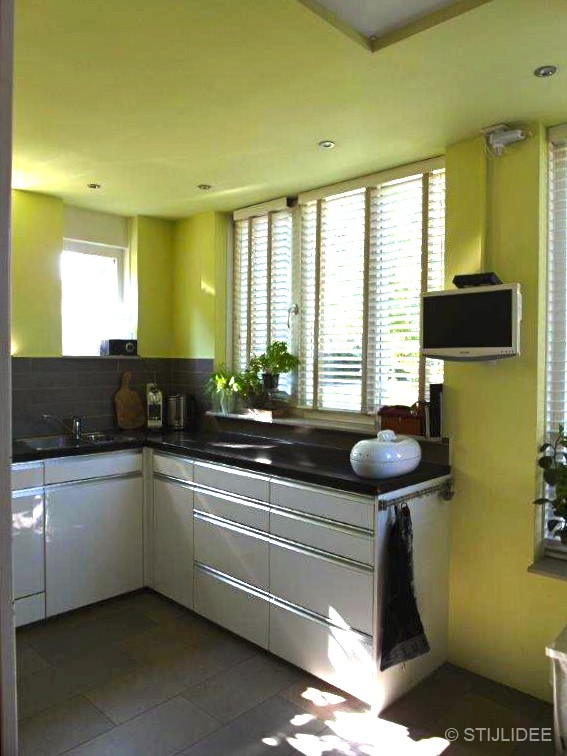 Keuken Groen Schilderen : groene keuken na STIJLIDEE's kleuradvies in Odijk bij Utrecht