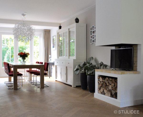 Binnenkijken in een jaren 30 familiehuis in modern for Jaren 30 stijl interieur